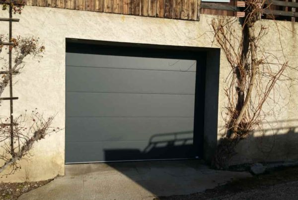 porte de garage sectionnelle gris anthracite- grenoble